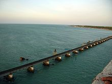 Pamban Bridge - Wikipedia, the free encyclopedia
