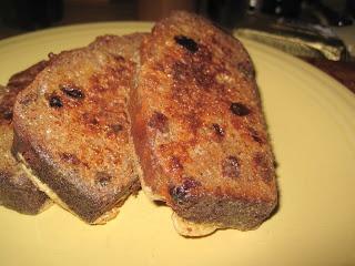Paleo Cinnamon Raisin French Toast