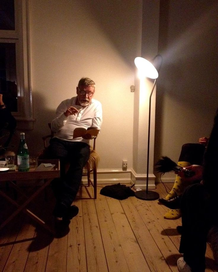 Tomas Espedal, Lyrik på første, København.