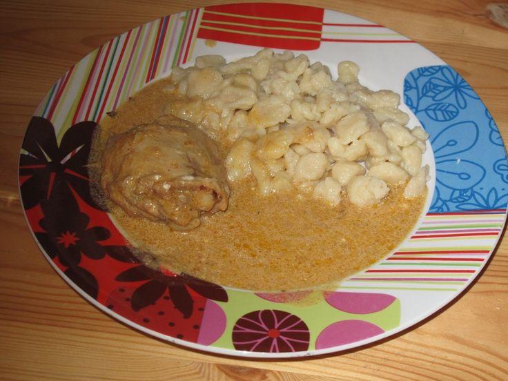 Couleurs et saveurs de Hongrie: Recette de poulet au paprika (Paprikás csirke)
