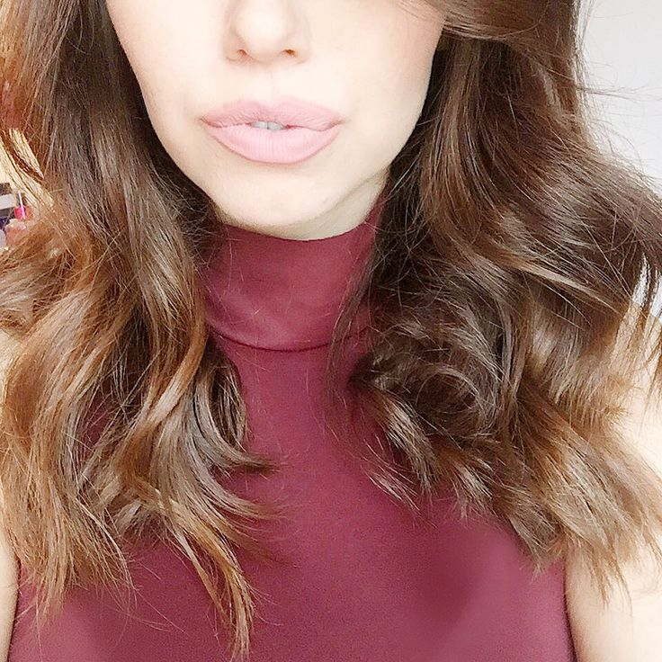 Welcome to my third DIY BALAYAGE post, if this is your first time checking out my blog please take a look at DIY Balayage & DIY Balayage 2! What is Balayage: Balayage is a way of adding sun-kis…