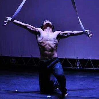 the strap act, from urban circus sa.