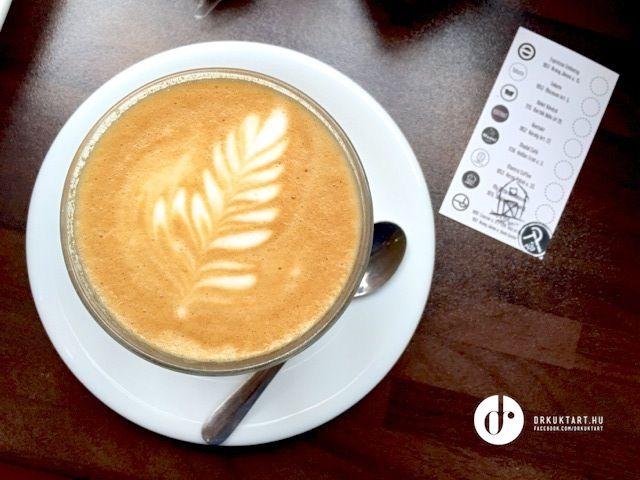 Flat white - My little Melbourne - Budapest - More: http://drkuktart.blog.hu/2015/03/23/budapest_coffee_tour