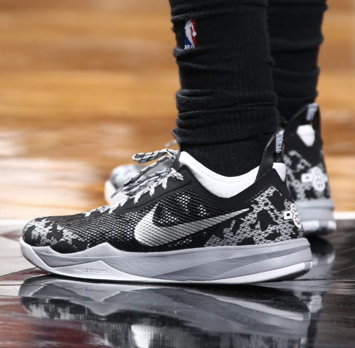 Nike Zoom Crusader Camo Black. Nike BasketballNike ZoomMen's Shoes CrusadersSavageCamoKicksSlippersCamouflage