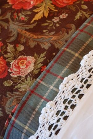 floral, plaid and lace crochet edging are a wonderful juxtaposition of patterns that work well together