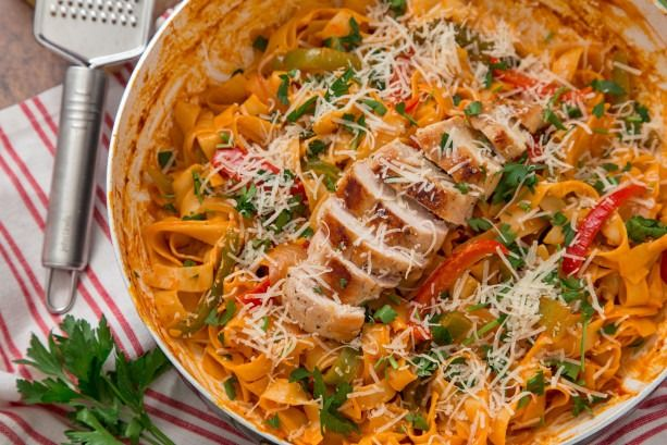 Save yourself cash and calories by making this TGI Friday's classic at home.