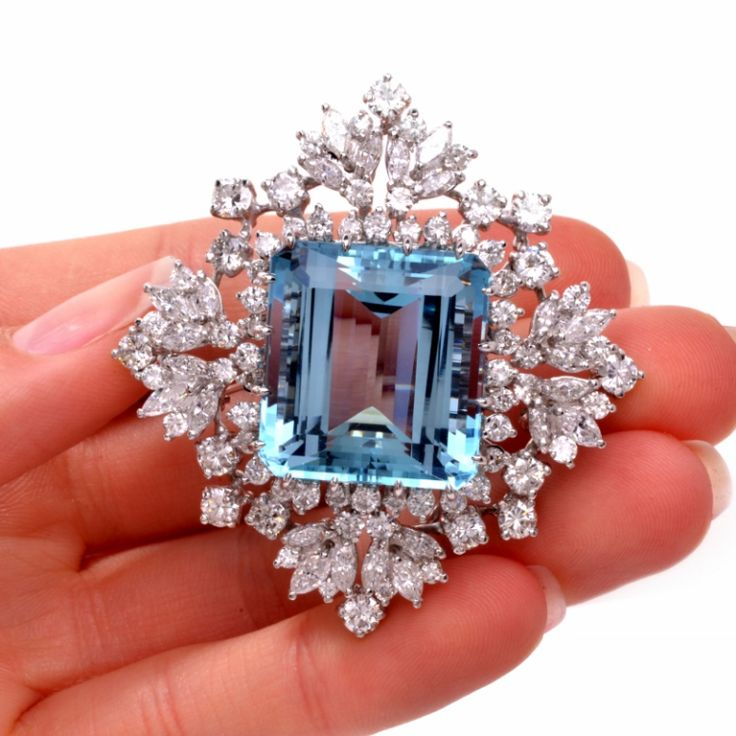 Aquamarine Diamond Gold Pendant Brooch Pin and Pendant, circa 1950