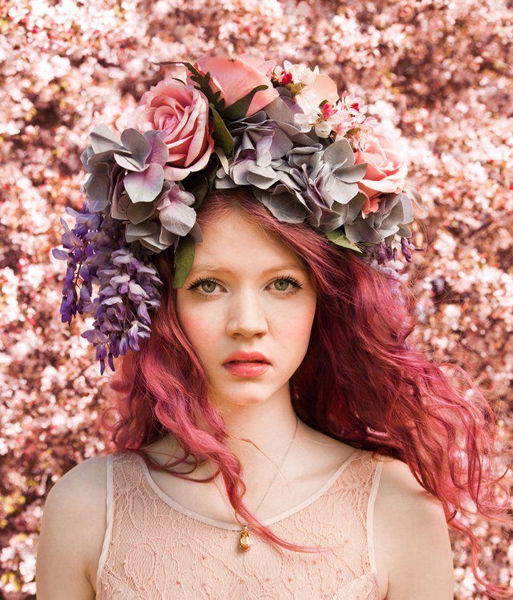 flower crown + pink hair ♥