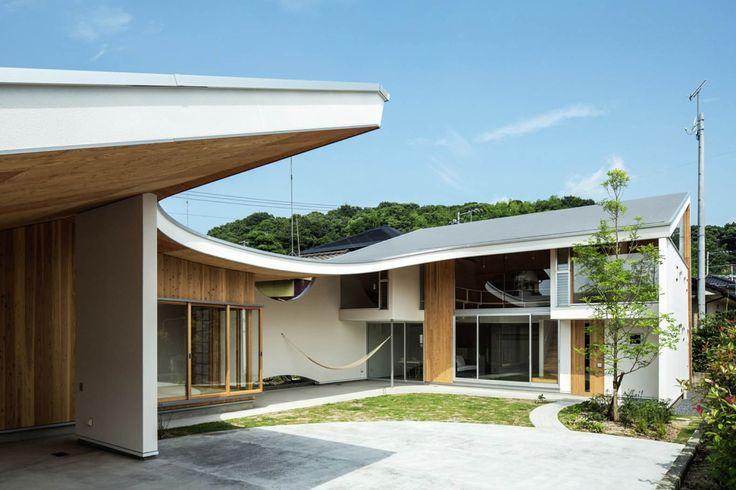 KUMPULAN PHOTO INSPIRATIF UNTUK INTERIOR RUMAH JEPANG  Berita Arsitektur Jepang – Mendesain interior rumah atau bangunan memang membutuhkan sebuah ide yang cemerlang dan biasanya para orang-orang yang tidak memiliki kemampuan untuk mendesain sendiri rumah-rumah yang mereka miliki biasanya mereka menggunakan jasa para arsitek untuk merancangnya, Artforia akan membagikan beberapa photo interior rumah bergaya Jepang terbaik yang mungkin dapat memberikan inspirasi bagi anda yang sedang berencana…