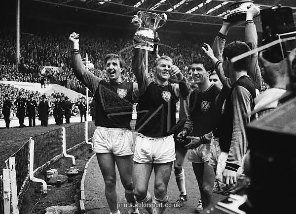 West Ham FA Cup Winners 1964 3-2 Preston North End