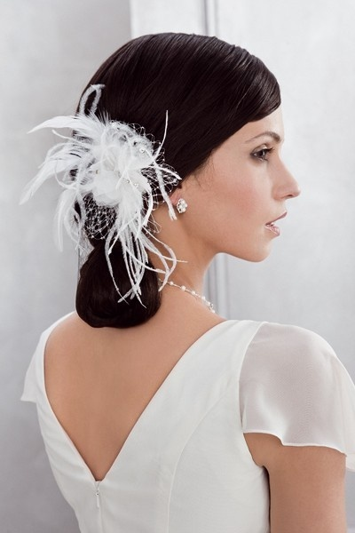 21 best accessoires cheveux en plumes images on pinterest feathers hair dos and alice band. Black Bedroom Furniture Sets. Home Design Ideas