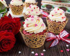 Я планировала отдать этот рецепт до Дня святого Валентина, но обстоятельства сложились не в мою пользу в этом плане. Отдаю сейчас - тем более, что эти прекрасные кексы можно печь не только на День всех влюбленных  Сами кексы очень нежные, с мягкой приятной текстурой, легким привкусом шоколада и красивым цветом. Хотя с последним всё [...]