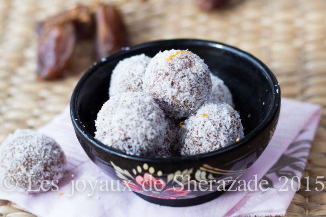 Gourmandise aux dattes: orange- noix de coco