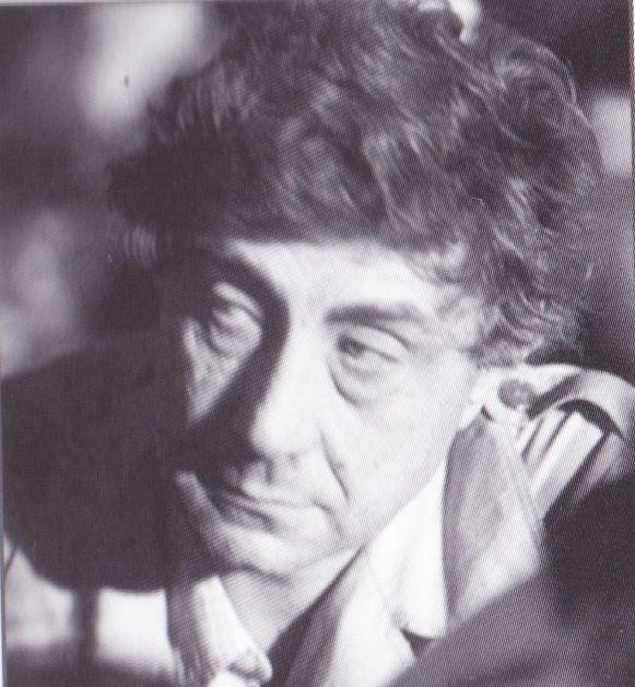 O F. Basaglia, o οποίος στη δεκαετία του '60 και του '70 αντέτεινε στο κυρίαρχο ψυχιατρικό μοντέλο και τη βασική του δημιουργία, το άσυλο, τη θεωρία και την πρακτική της αποσάθρωσης του ασύλου και …
