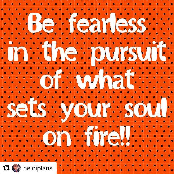 Get'er Done!  #Repost @heidiplans with @repostapp  Don't be afraid to step outside of your comfort zone and follow your dreams. What are you passionate about what makes you happy? If you're not doing that very thing why not? Time to re-evaluate some things and make some changes. Life is too short to be miserable. #befearless #yourheartsdesire #reevaluateyourlife #blkmwnplan #bwwpc #iowaplannerparty #iowaplannergirl #doyouboo #behappy #planneraddict #franklinplanner #franklincovey
