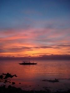 Wer sich einen Tagestripp nach Virgin Island leistet wird von dort aus mit die Schönsten Sonnenuntergänge sehen können. Leider hatten wir hier Pech aber der Rote Himmel sah trotzdem toll aus