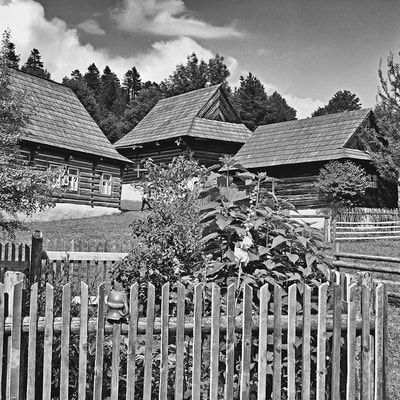 bwstock.photography - photo | free download black and white photos  //  #wooden #village