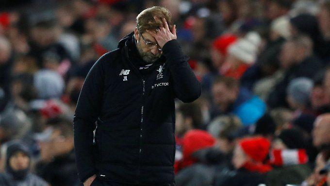 Jürgen Klopp ärgert sich über die zweite unnötige Niederlage binnen einer Woche.