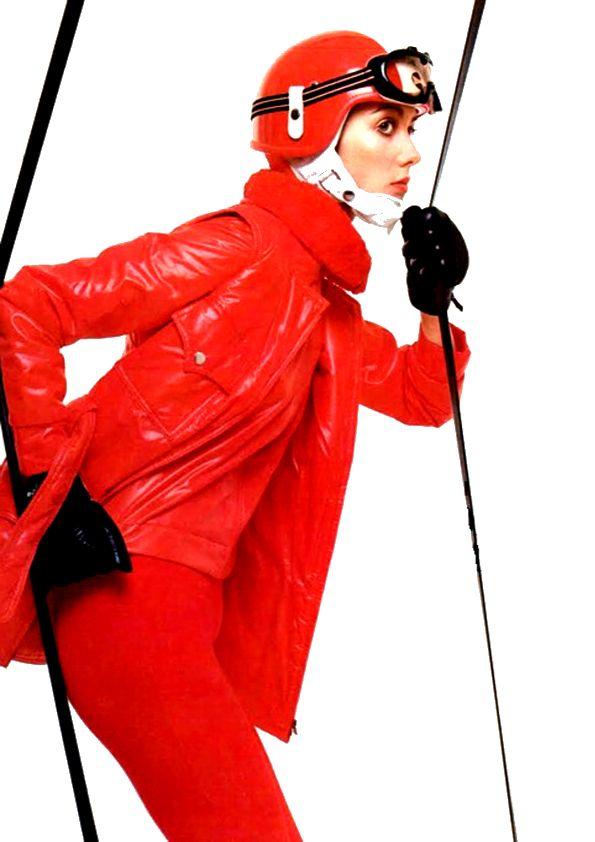 Ski Season for Vogue Italia, 1969. #Barry LATEGAN
