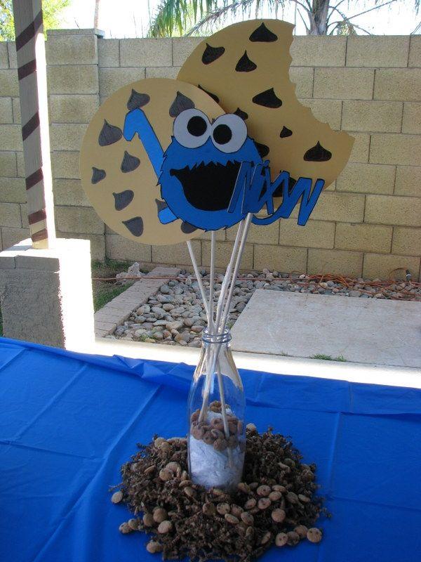 Diy 1st birthday cookie monster centerpieces