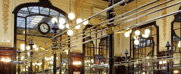 Restaurant Bouillon Chartier – Restaurant traditionnel à Paris - Accueil quartier du faubourg montmartre 9e