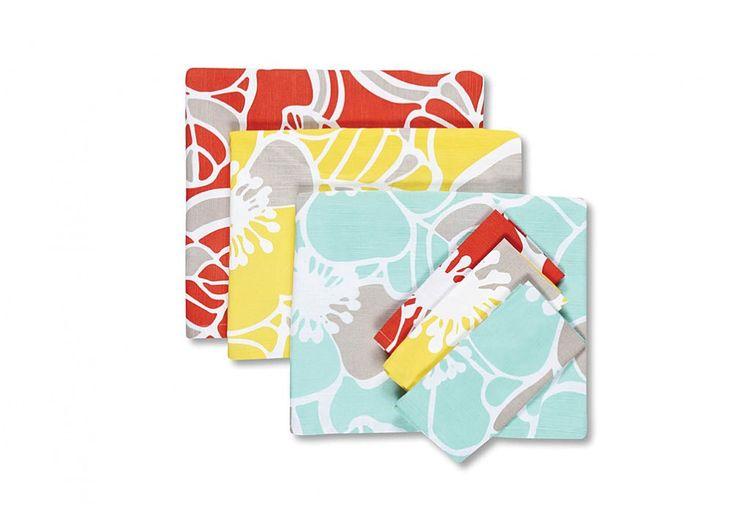 Cabana Hibiscus Placemat Set of 4 | Super A-Mart  #superamartpin2win Superamartpin2win