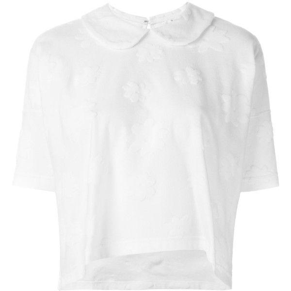 Comme Des Garçons Comme Des Garçons embossed flower fine knit top ($330) ❤ liked on Polyvore featuring tops, white, comme des garçons, flower top, white top and comme des garcons top