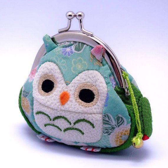 owl clutch   <3