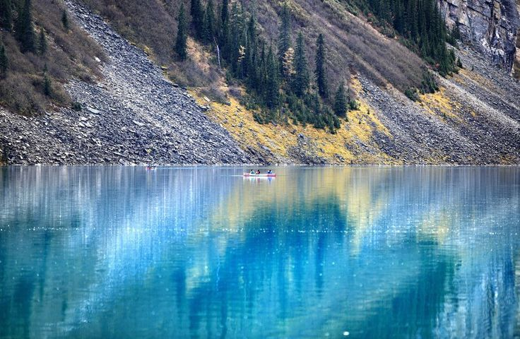 Moraine Lake Photo by Yan Gao — National Geographic Your Shot