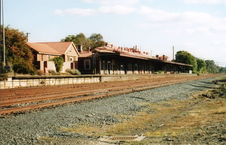 Seymour railway station - an important stop on the North East and Goulburn Valley lines as well trains to Melbourne on the hour during the weekdays. Before trains had onboard catering Seymour had a large refreshment room/cafe where train travellers can leave the train, have something to eat or drink, then go back on the train to continue the journey.