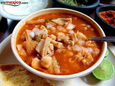 comida tipica de chihuahua, menudo de res ( pancita de rescon granos de maiz)