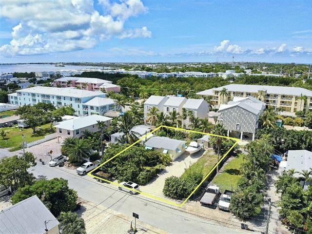543 74th Street Florida Keys Real Estate Wood Frame Construction Real Estate Companies