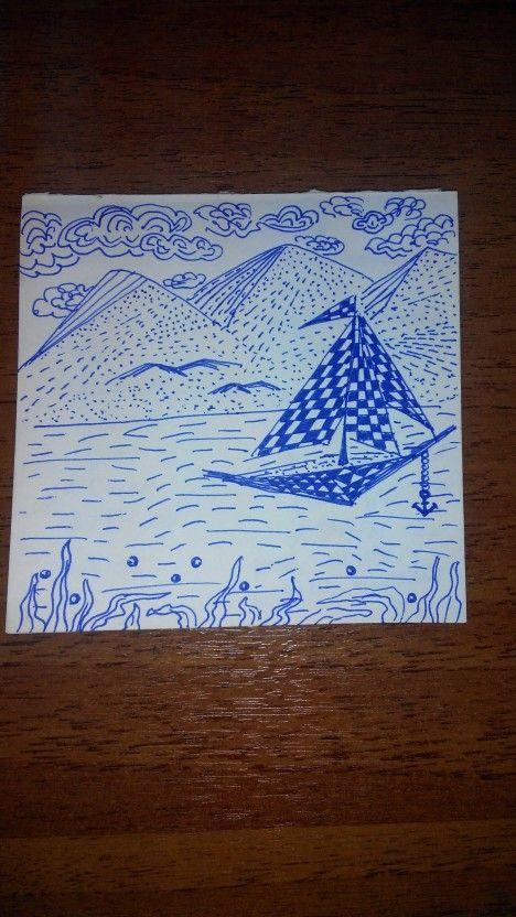 Doodling море. Горы и кораблик