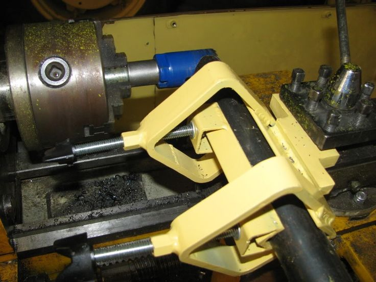 Tube Notching Lathe Attachment by gapwelder -- Homemade tube notching lathe attachment fabricated from flat and angled bar stock, threaded rod, and coupling nuts. Utilizes a chuck-mounted hole saw to cut the tube notches. http://www.homemadetools.net/homemade-tube-notching-lathe-attachment