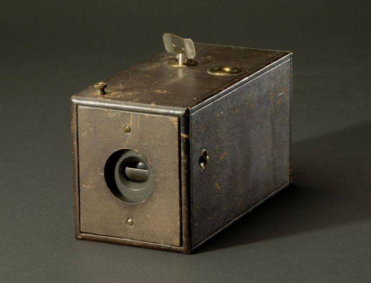 Camera | Kodak Camera, 1888, National Museum of American History Pictures