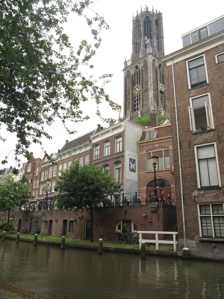 Vanaf de werf achter de Lijnmarkt Utrecht The Netherlands