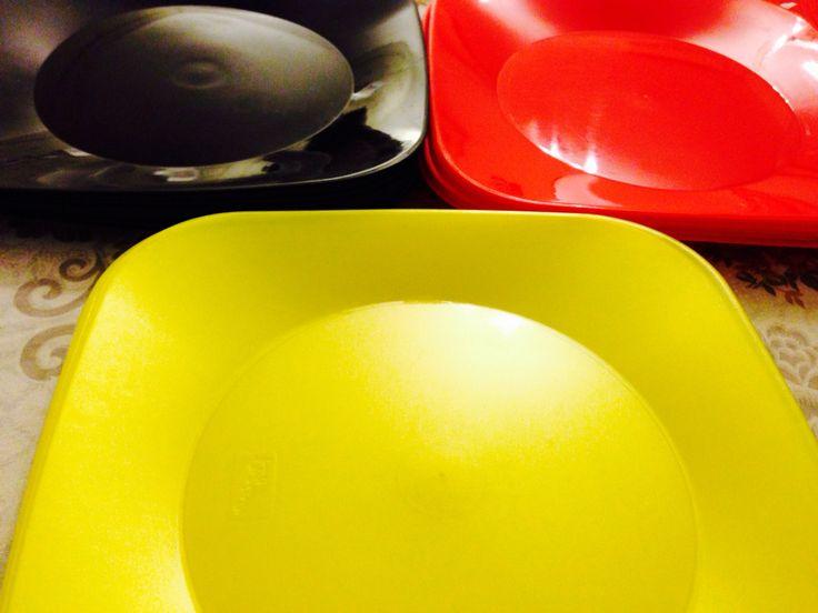 Platos colores mickey