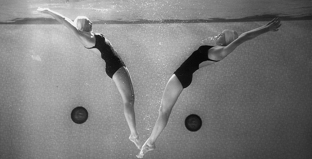 Swimmers At Wellesley College Black And Whites Pinterest Photos Colleges And Swimmers