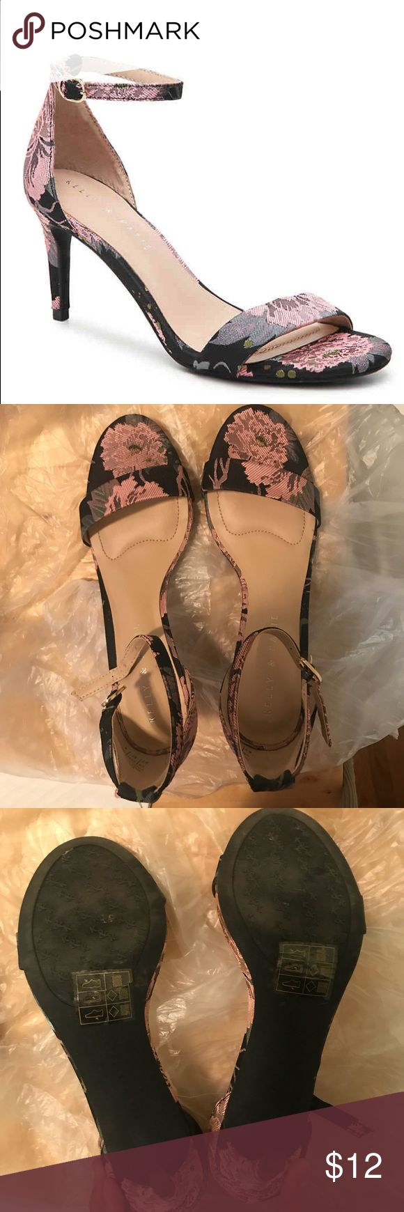 """Kelly & Katie floral print strappy heels Only worn once for a wedding!   3"""" covered heel Cushioned foot bed Adjustable ankle strap Round open toe Synthetic sole Kelly & Katie Shoes Heels"""