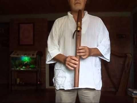 """Improvisación melódica por Leinad en Flauta de Amor Leinad afinada en E (mi) desbloquea y activa el chakra tercer ojo, con acompañamiento de fondo de guitarra y piano. """"Hay una parte de cada ser vivo que desea convertirse en sí misma, el renacuajo en rana, la crisálida en mariposa, el ser humano herido en ser humano sano. Esto es la espiritualidad."""" ELLEN BASS www.flautasdeamor.com"""