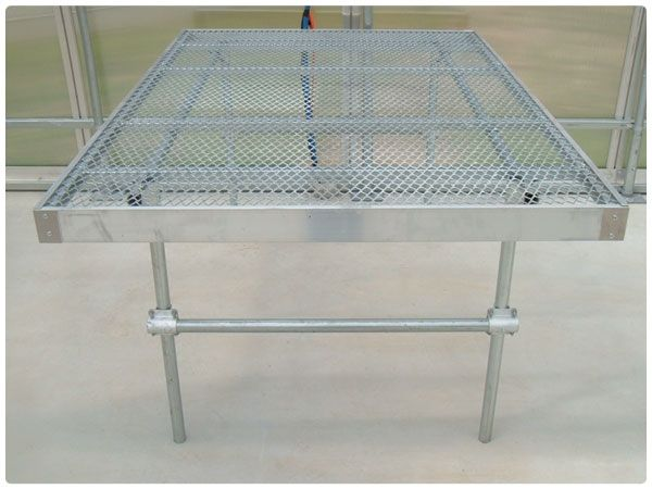 Rolling Benches 2 Greenhouse Tables Pinterest Chang 39 E 3 And Benches