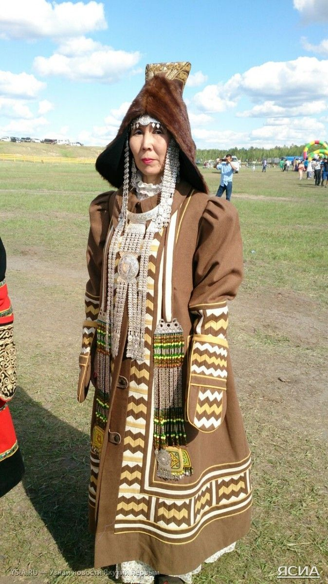 жертвы якутская национальная одежда фото звучит странно, танки