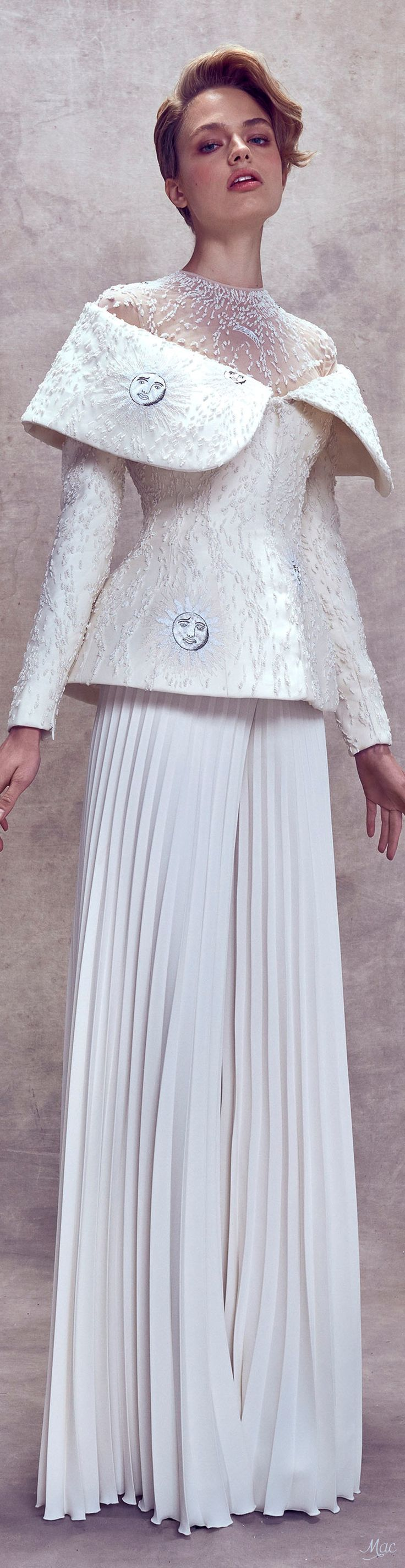 Best couture embroidery images on pinterest