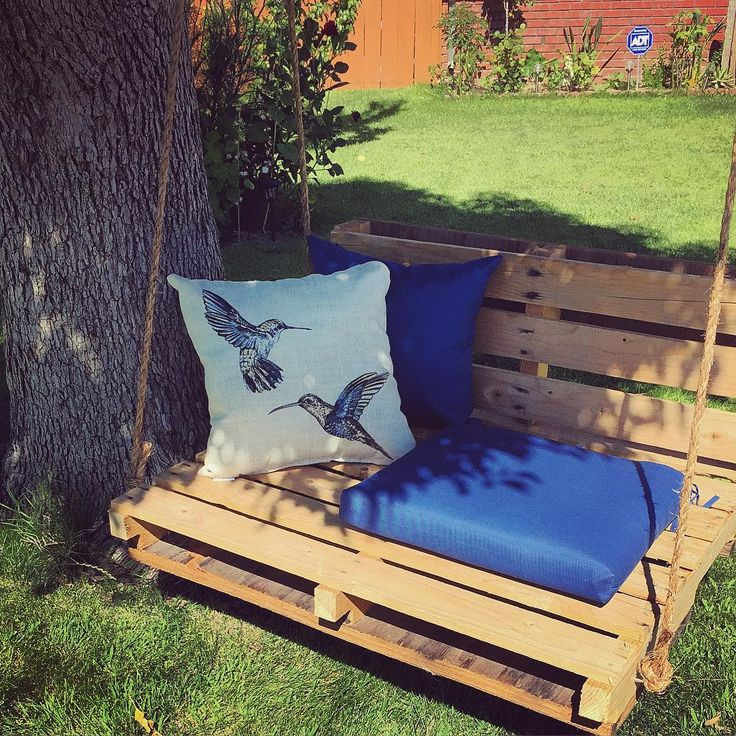 1000 ideas about pallet swings on pinterest pallet for Outdoor pallet swing bed