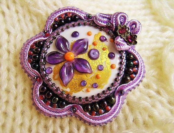 Purple Beaded Brooch Flower Brooch Lampwork от AurielaDesign