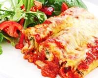 Crêpes à la mozzarella et à la tomate