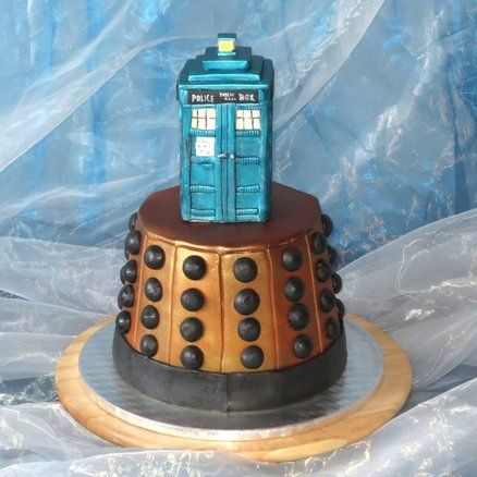 Cake Doctor Who Cake by kralovnicky