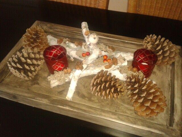 Tafeldecoratie in herfst- en wintersfeer. Mooi voor op tafel. Prijs op aanvraag.