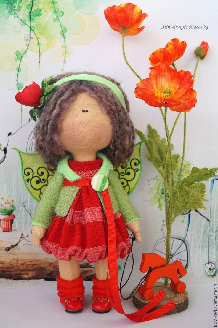 Купить или заказать Куколка 'Девочка Macovka' в интернет-магазине на Ярмарке Мастеров. Мягкий шелк покрыл зеленый луг. Ангелы над маками летают, Колокольчики в руках их оживают, И от маков ало все вокруг. У куколки ручки можно сгибать и разгибать.