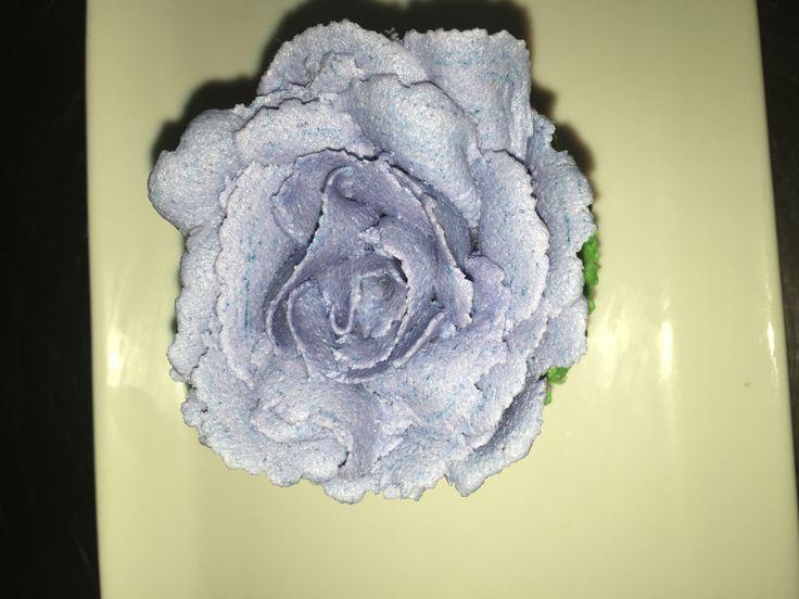Buttercream rose on cupcake!